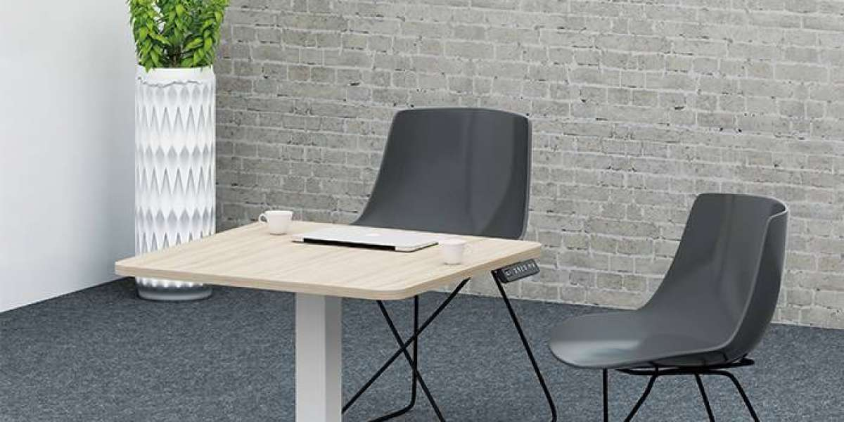 Benefits of a Height Adjustable Desk for Your Office